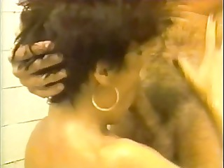 madame et sa fille au house of prostitution