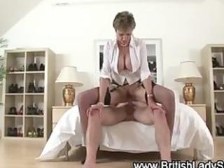 busty older brit receives a cumshot