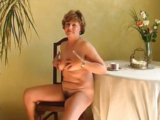 granny alone r107