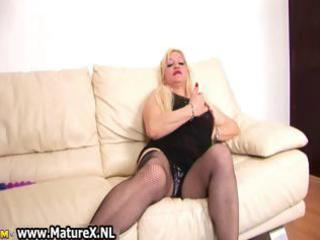 blonde breasty mama rubs her large part2
