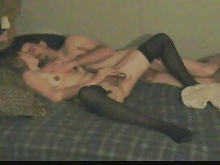 wife rubs herself to a squirting big o