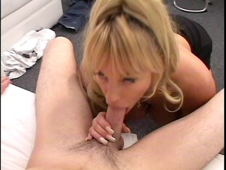 milf...the mamma ve all wish to fuck. she is