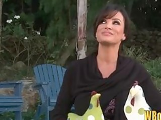 sexy mother i lisa ann seduces the pool lad