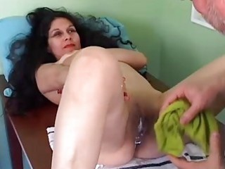 marvelous aged latina gets her pussy shaved