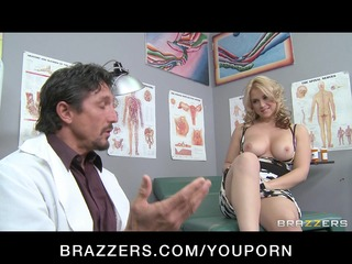 sexy big-tit blond wench mother i patient