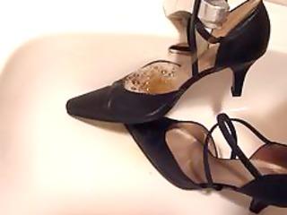 peeing in wifes thong high heels