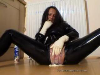 older amateur fetish latex mama extraordinary