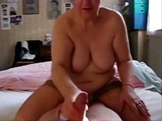 watch my old mamma in this great stolen video