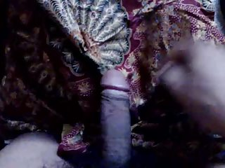 cum on mother in laws heel after jerking her