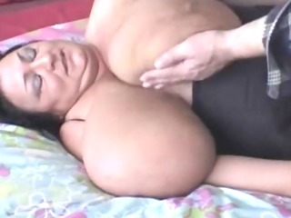 BBW-Granny shows her giant Melons