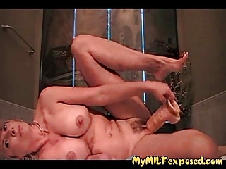 busty amateur d like to fuck playing with biggest