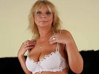 aged rosalyn squirts and gets cummed on