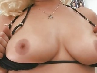 older sweetheart gives wild oral-service sex