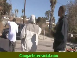 interracial sex - hot cougar d like to fuck