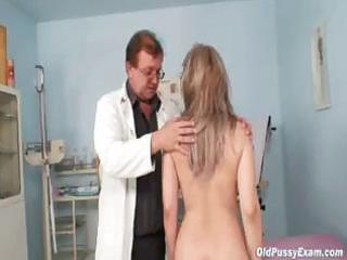 older alena gyno cum-hole real clinic scrutiny