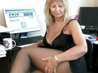 secretary housewife fingering her mature muff
