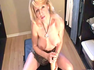blonde mother id like to fuck squirts with