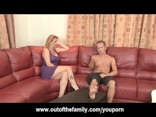mother i gets anal whilst daughter watches