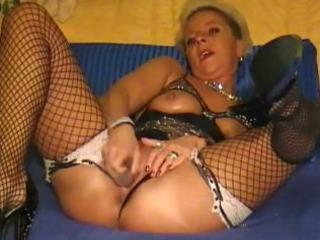 mature lady solo