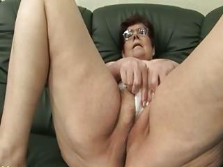 Granny panty stuffing