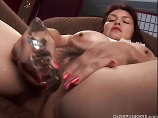 hot aged hottie shows off her enchanting big milk