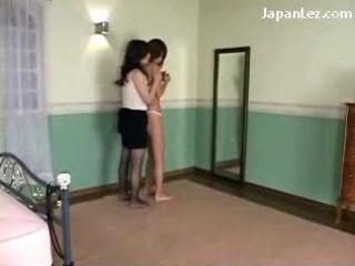 slender girl getting her mambos bawdy cleft