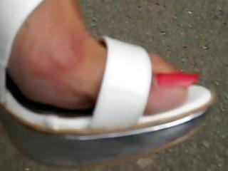 mature feet in high heels