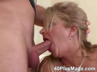 mature oral stimulation and snatch fucking skills